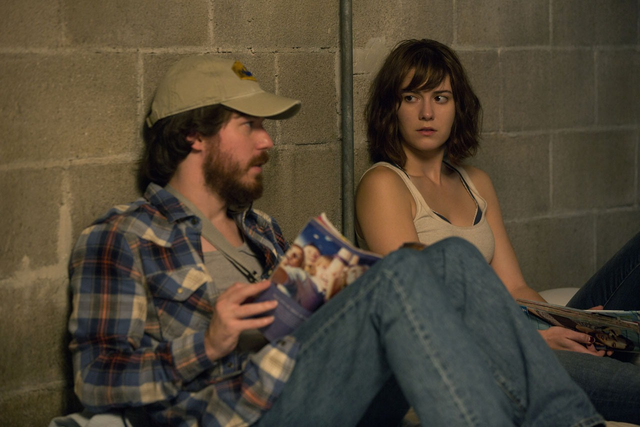 John Gallagher Jr. as Emmett, Mary Elizabeth Winstead as Michelle in 10 Cloverfield Lane