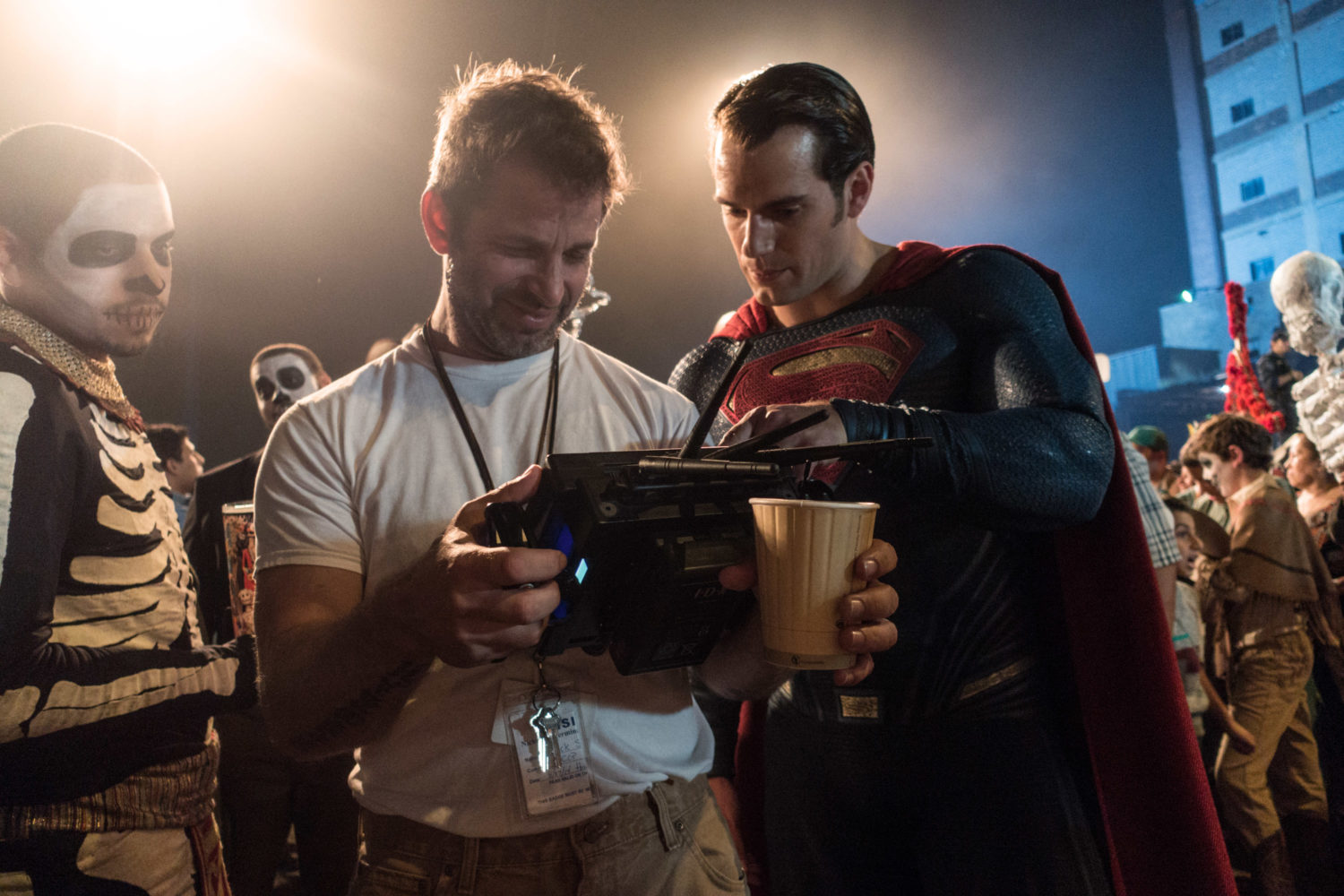 Zack Snyder directing Henry Cavill in Batman v Superman: Dawn of Justice