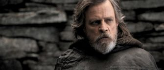 Mark Hamill Hints At Luke Skywalker's Turn To The Dark Side In Star Wars: The Last Jedi