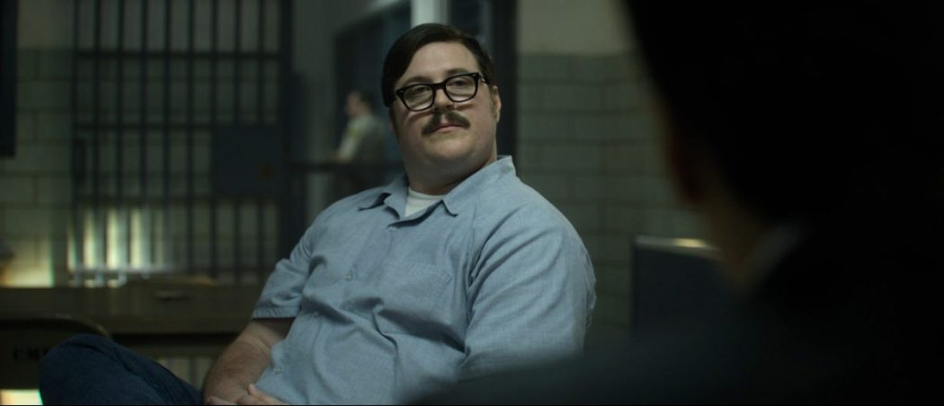 Watch How Brilliantly Cameron Britton Depicted Eddie Kemper in MINDHUNTER Comparison Video 1