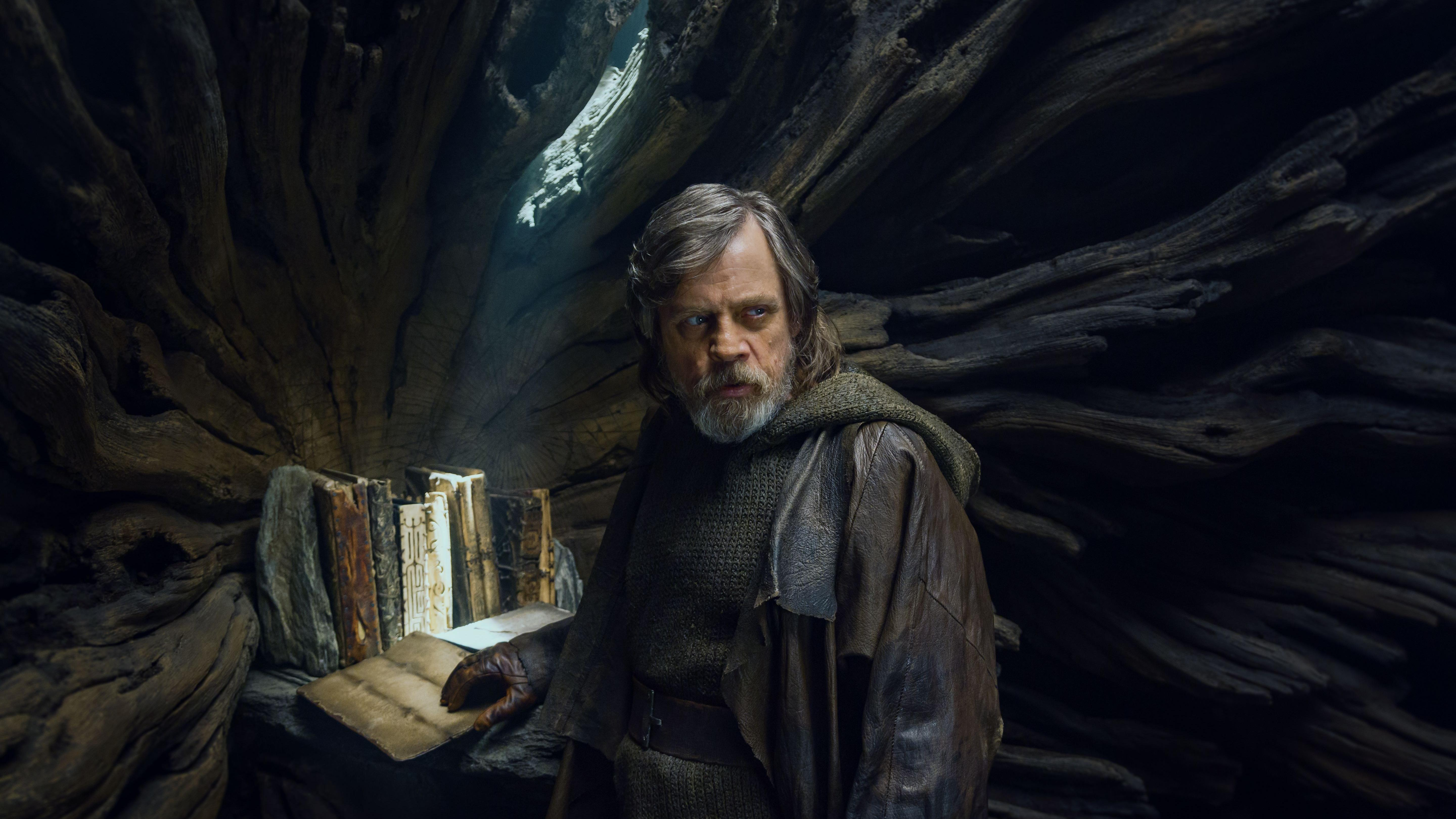 Here's Why Star Wars: The Last Jedi Isn't The Stat Wars Film It Should Have Been 3