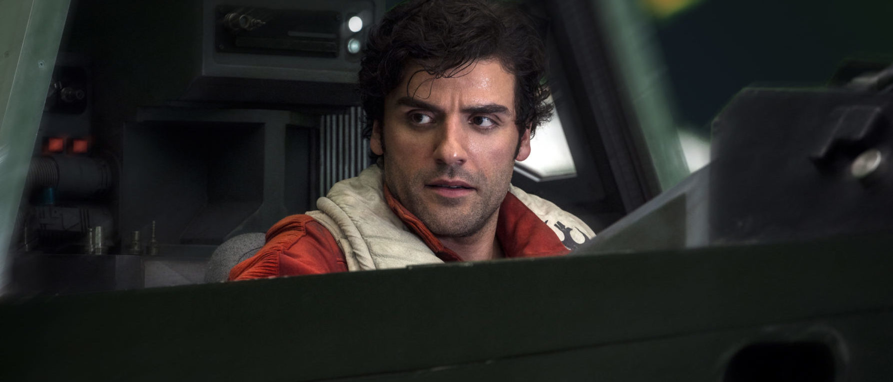 Oscar Isaac as Poe in The Last Jedi Star Wars The Rise of Skywalker