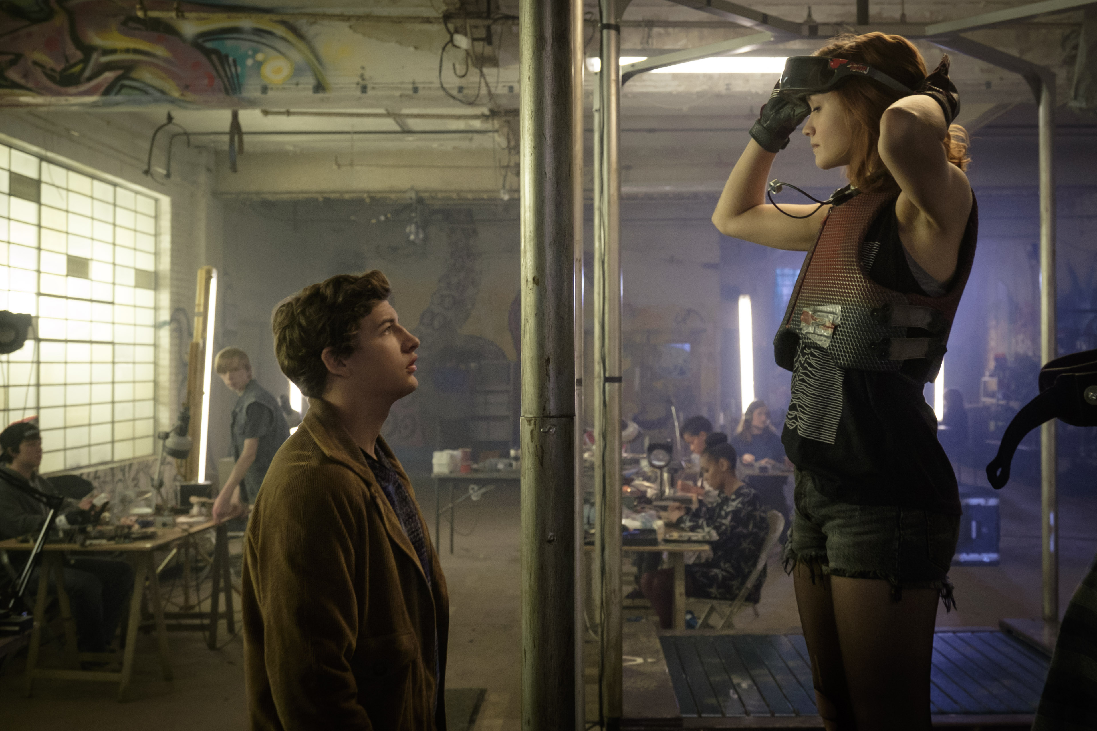 Wade (Tye Sheridan) and Samantha (Olivia Cooke) getting ready for battle in Ready Player One