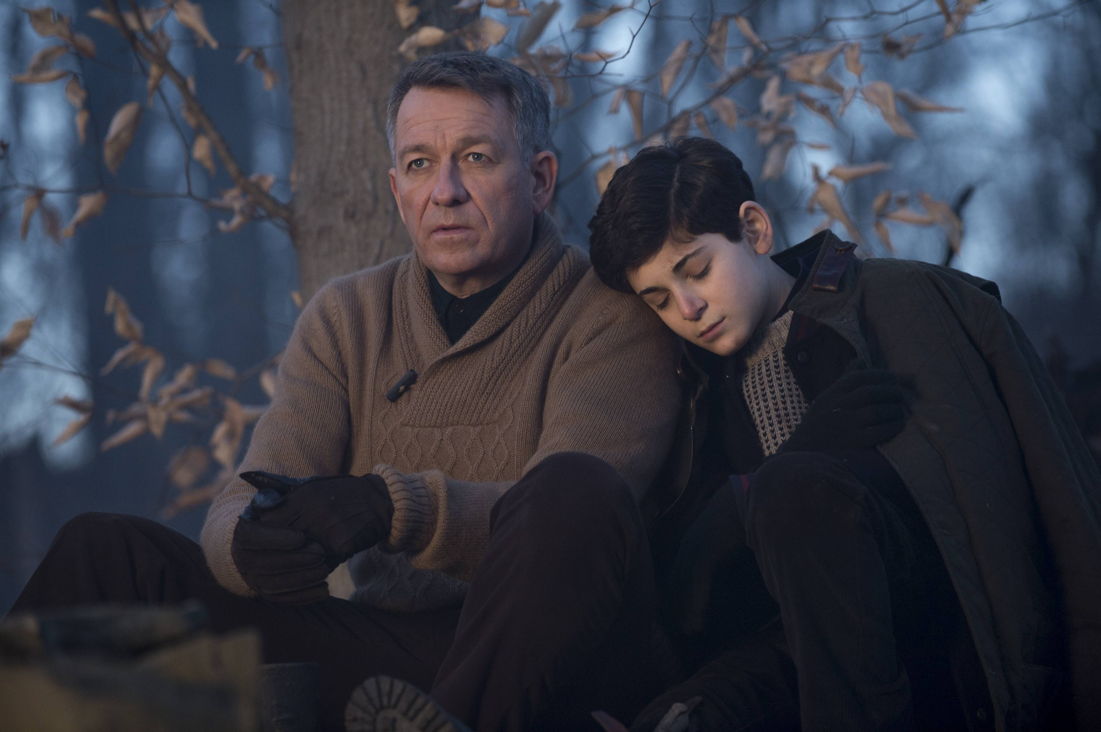 """GOTHAM: Bruce Wayne (David Mazouz, R) is comforted by Alfred (Sean Pertwee, L) after a treacherous hike in the""""The Scarecrow"""" episode of GOTHAM airing Monday, Feb. 9 (8:00-9:00 PM ET/PT) on FOX. ©2015 Fox Broadcasting Co. Cr: Jessica Miglio/FOX"""