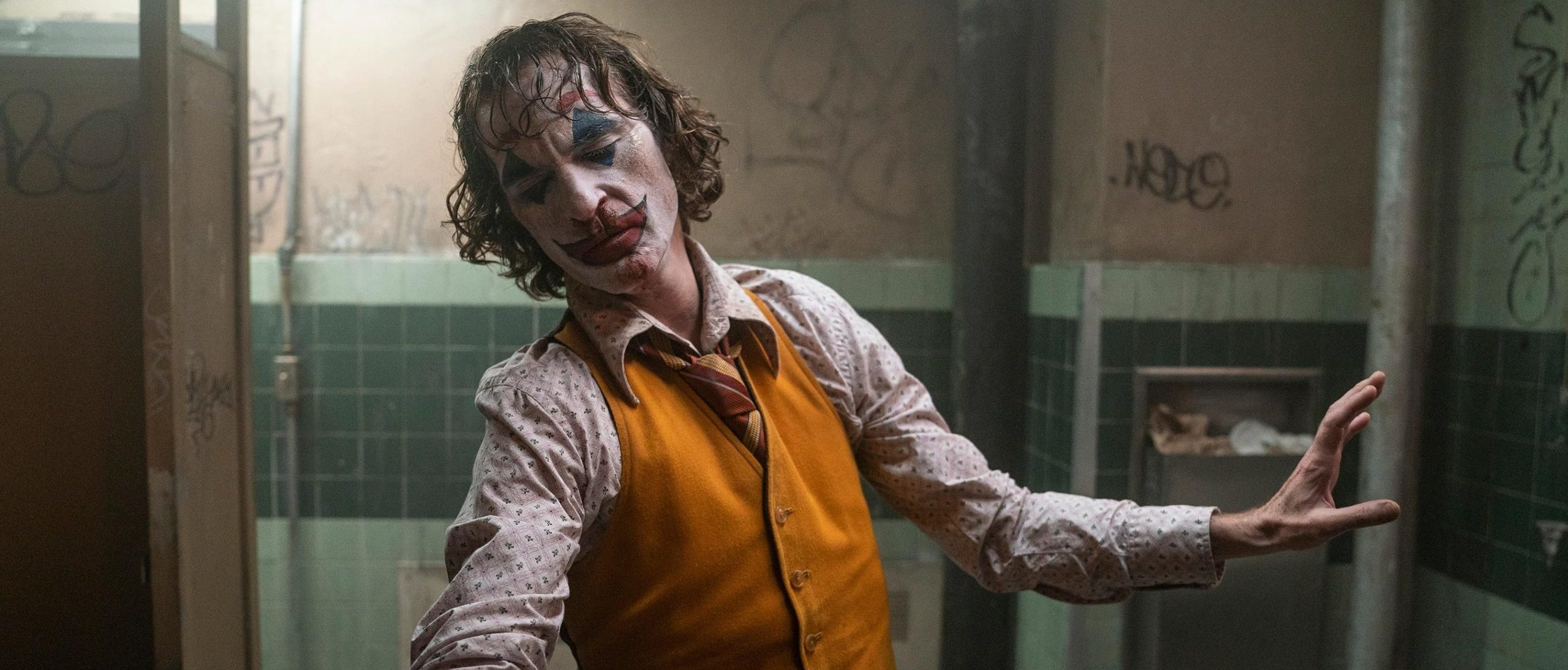 Joaquin Phoenix as Joker in Todd Phillips' Joker
