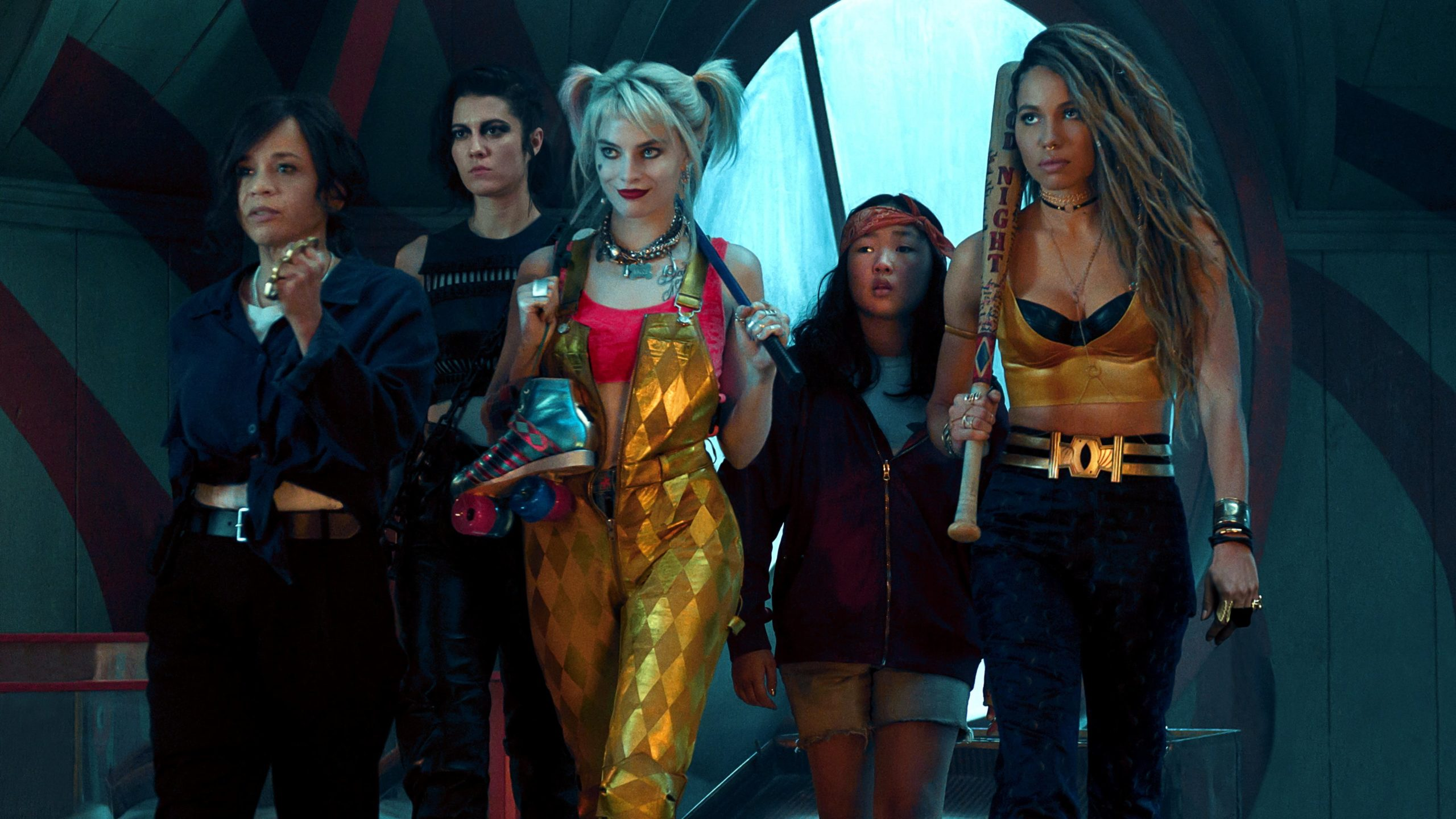 Birds of Prey Review movie Harley Quinn Margot Robbie 2