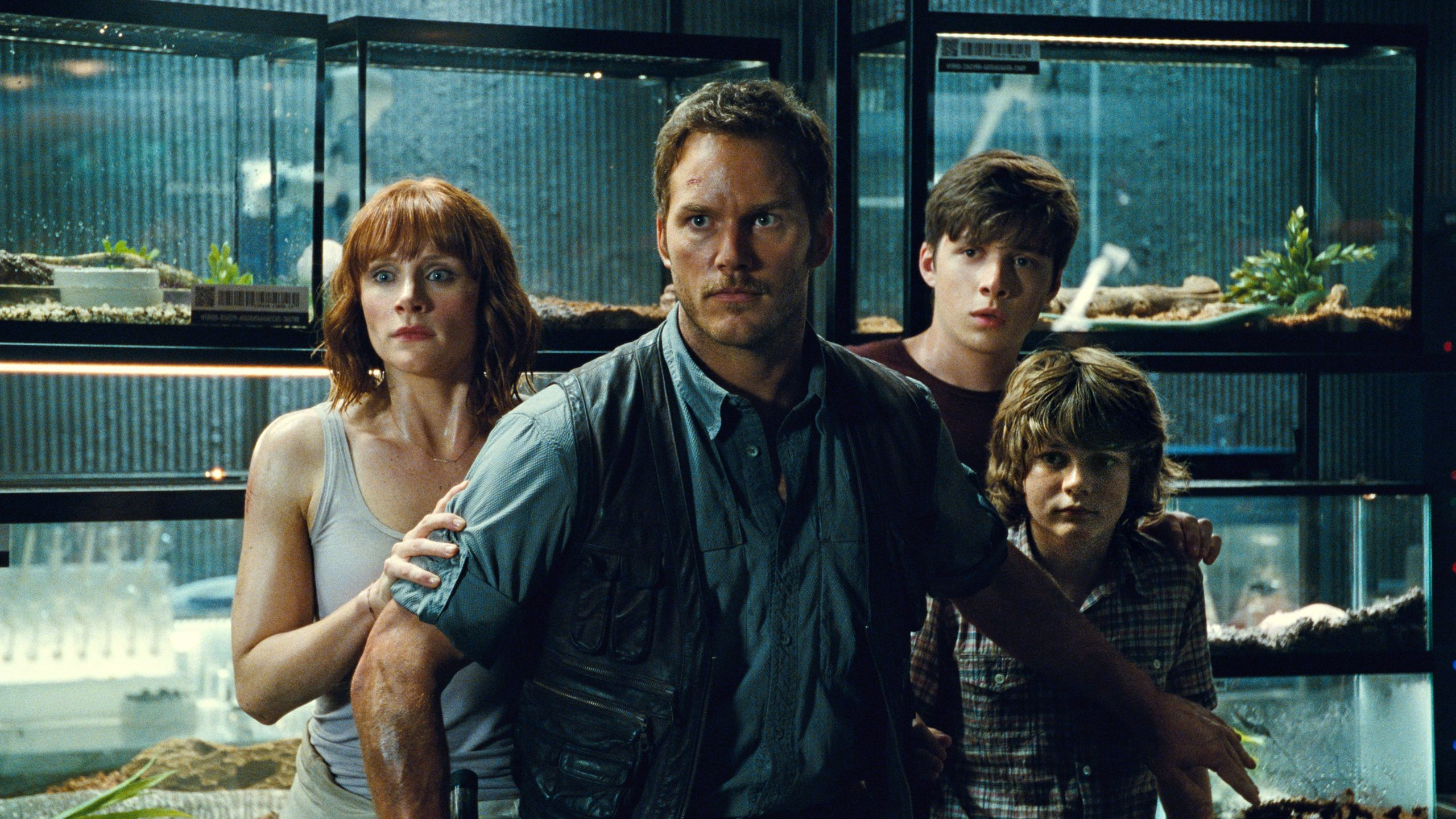 Should Chris Pratt play Owen in a Jurassic World TV show?
