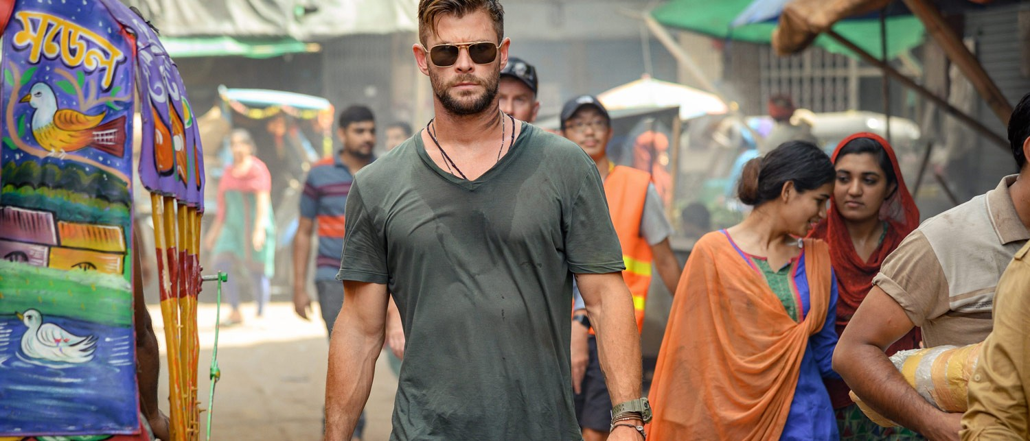 Chris-Hemsworth-Extraction-Netflix