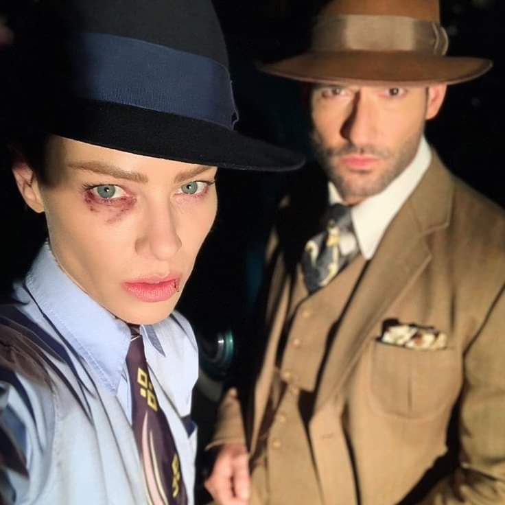 Lucifer Season 5 Behind The Scenes Chloe Decker Lauren German Tom Ellis