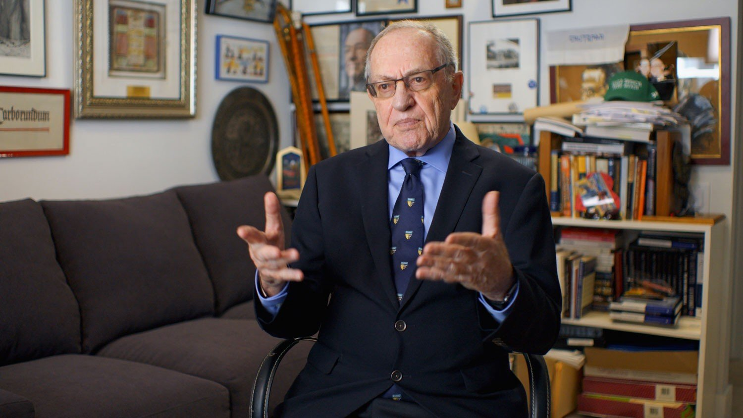 Alan-Dershowitz-in-Jeffrey-Epstein-Filthy-Rich
