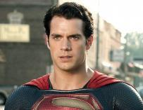 Henry Cavill To Cameo As Superman In The Arrowverse?