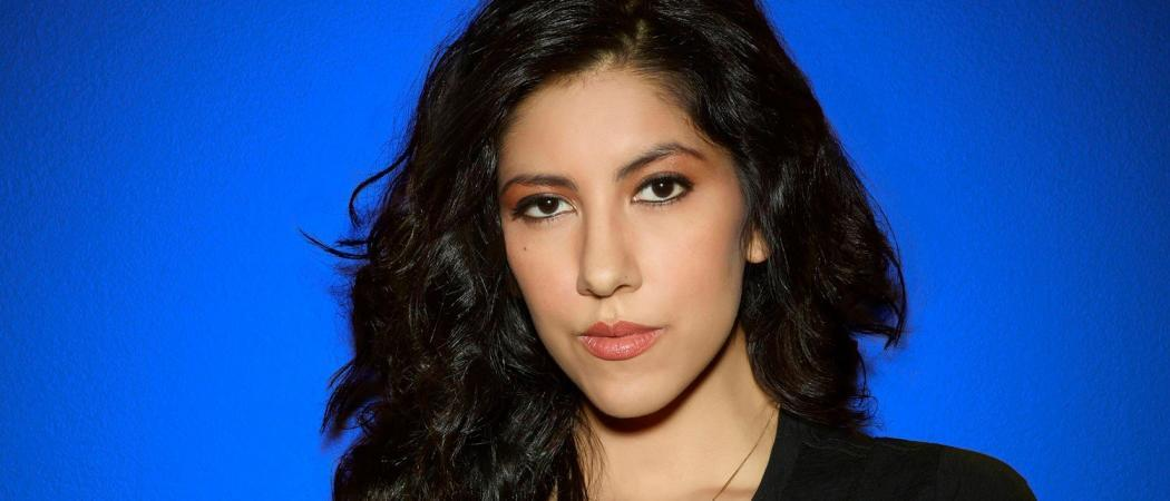 Stephanie-Beatriz-Brooklyn-Nine-Nine-Batwoman