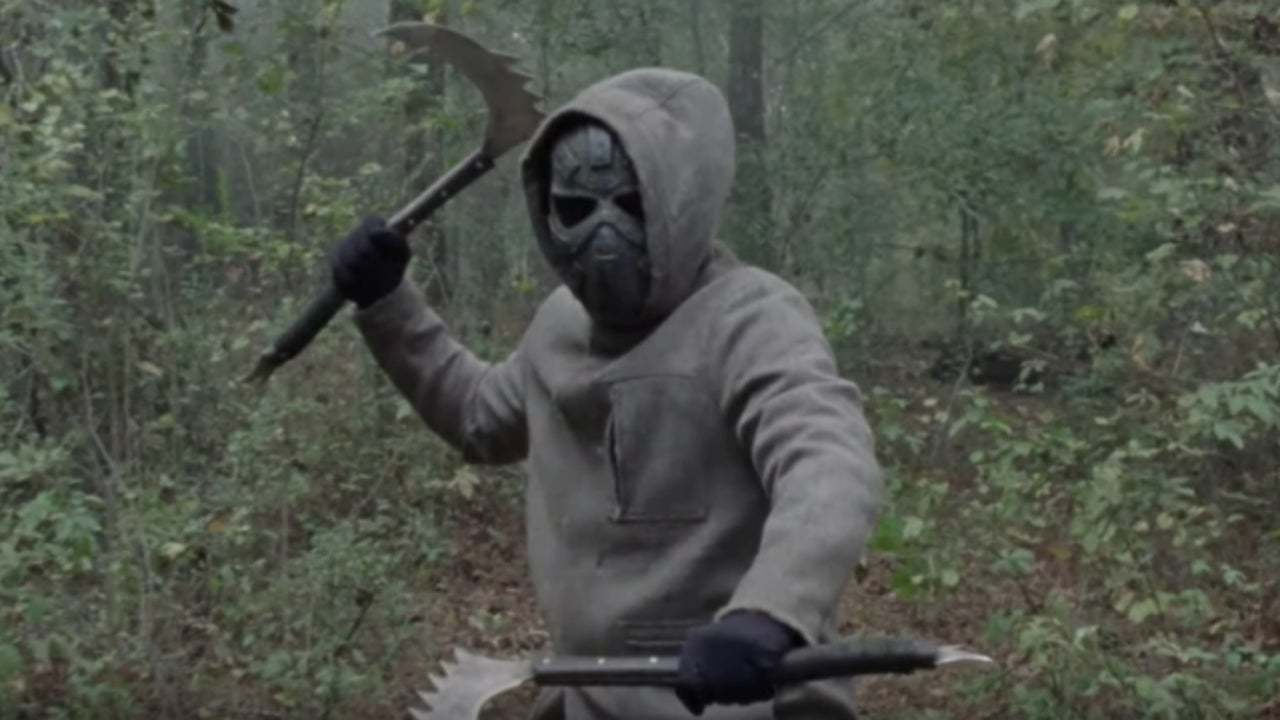 Who is the man in the mask in The Walking Dead Season 10