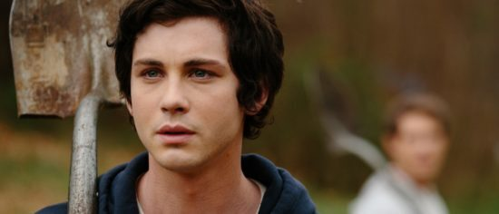 People On Twitter Are Loosing Their Minds Over Logan Lerman's New Look