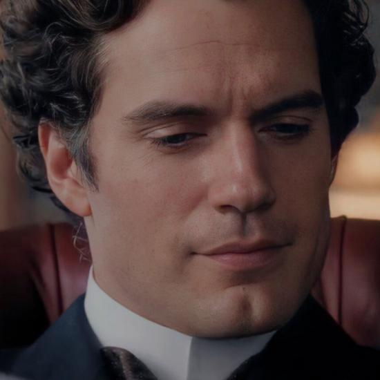 Fans Are Calling For A Henry Cavill Sherlock Holmes Spinoff