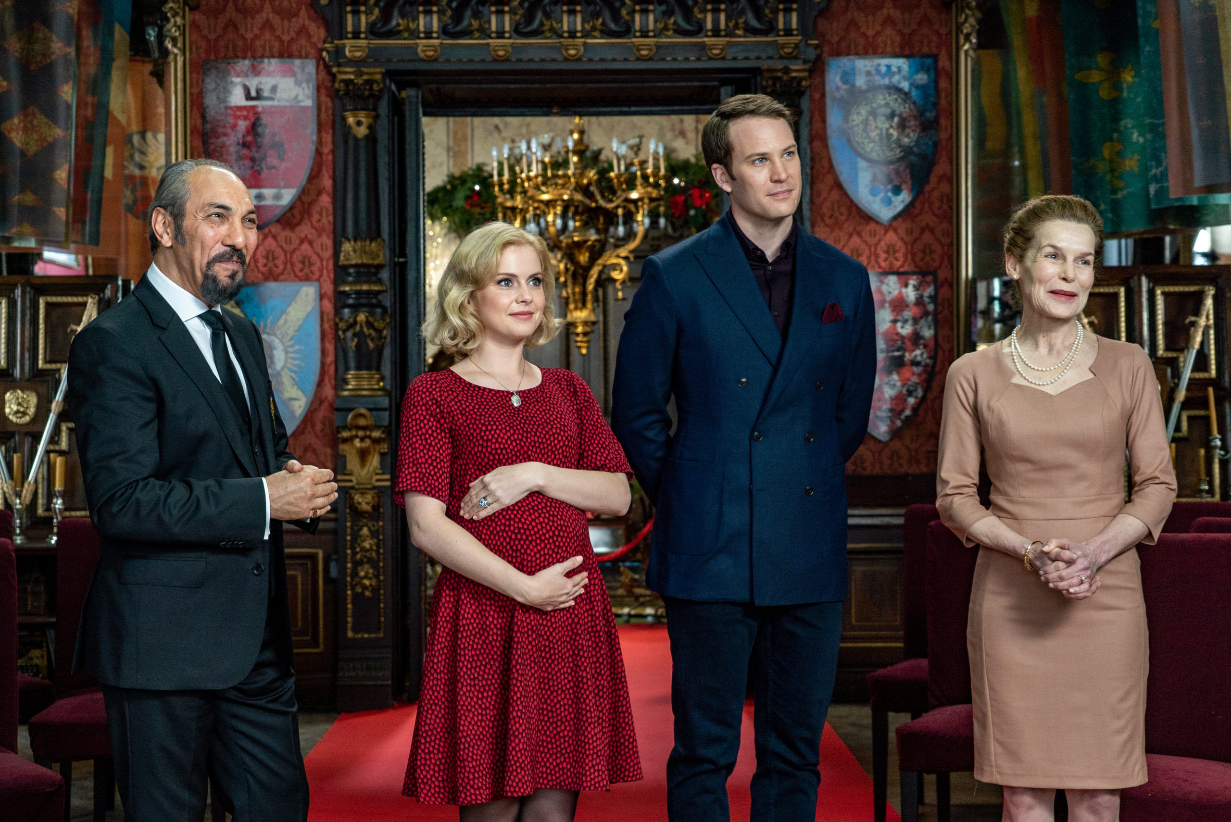 a-christmas-prince-the-royal-baby_3XydH5