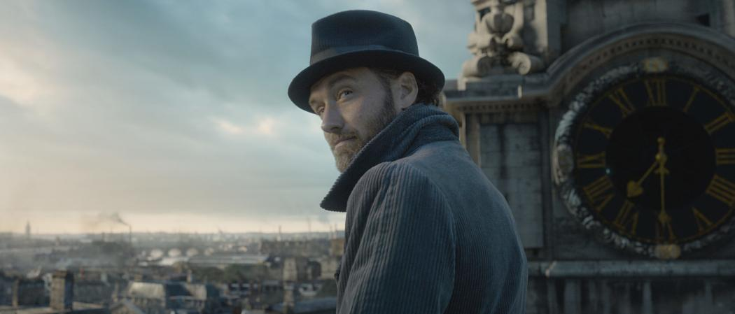 fantastic-beasts-the-crimes-of-grindelwald jude law the joker