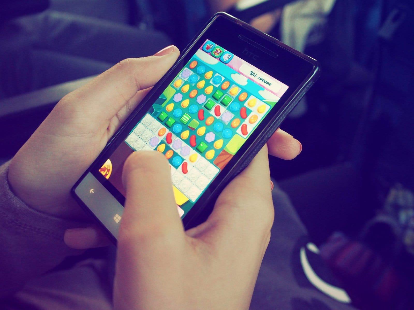 pexels-mobile gaming