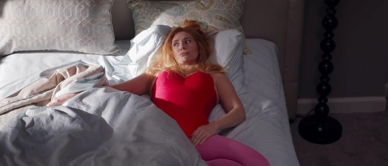Elizabeth-Olsen-as-Sexy-Wanda-in-WandaVision-Episode-7