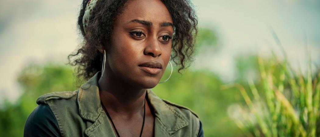 Behind-Her-Eyes_Netflix-(1)