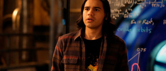 The Flash's Carlos Valdes Reveals Why He Left The Show