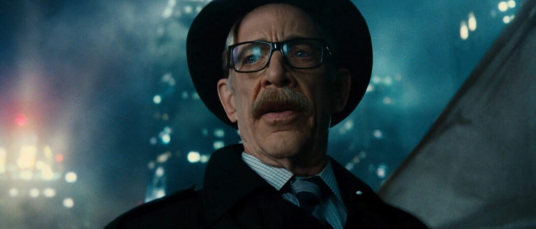 JK-Simmon-Commissioner-Gordon-Batgirl