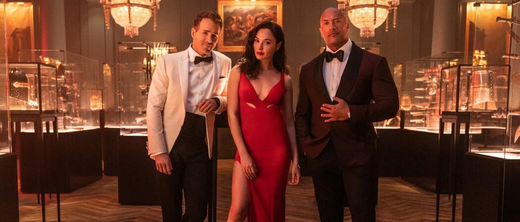 Netflix-Red-Notice-Dwayne-Johnson-Ryan-Reynolds-Gal-Gadot